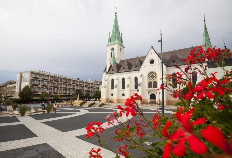 A kaposvári Kossuth tér lett Európa legszebb fõtere