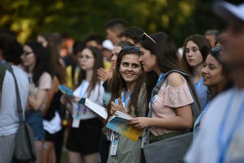 Megkezdődött az Országos Katolikus Ifjúsági Találkozó Szatmárnémetiben (27)