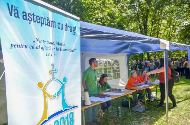 Megkezdődött az Országos Katolikus Ifjúsági Találkozó Szatmárnémetiben (3)
