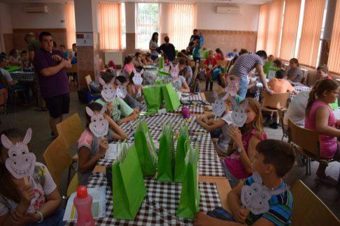 Táboroztak a gyermekek Nagykárolyban az egyházmegye református gyerekei (18)