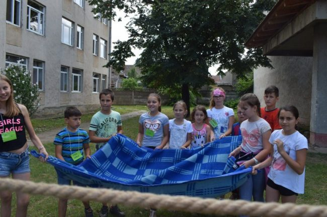 Táboroztak a gyermekek Nagykárolyban az egyházmegye református gyerekei (27)