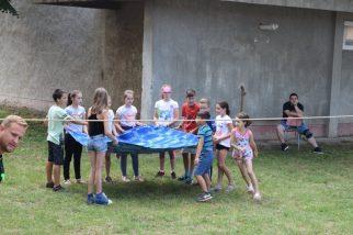 Táboroztak a gyermekek Nagykárolyban az egyházmegye református gyerekei (30)
