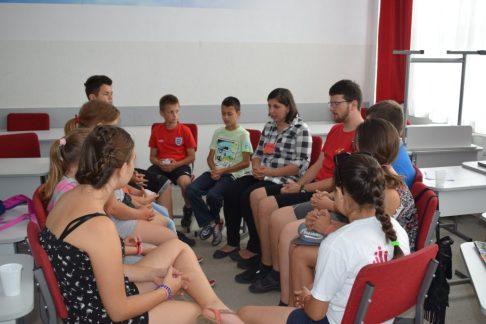 Táboroztak a gyermekek Nagykárolyban az egyházmegye református gyerekei (34)