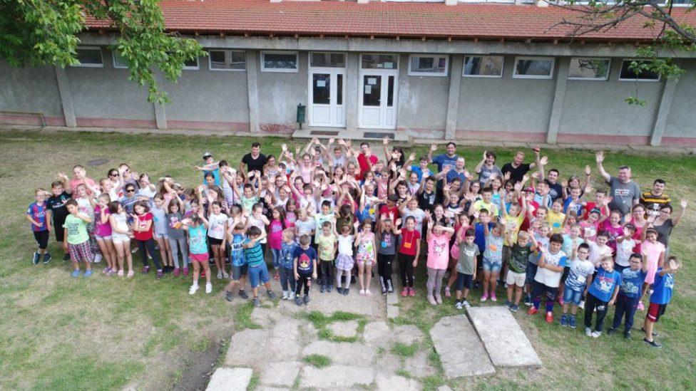 Táboroztak a gyermekek Nagykárolyban az egyházmegye református gyerekei (60)