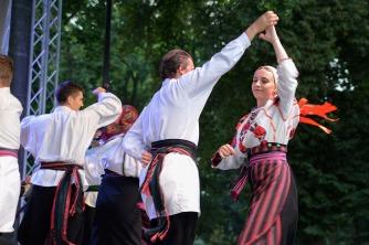Magyar folklór a nagykárolyiak fesztiválján (16)
